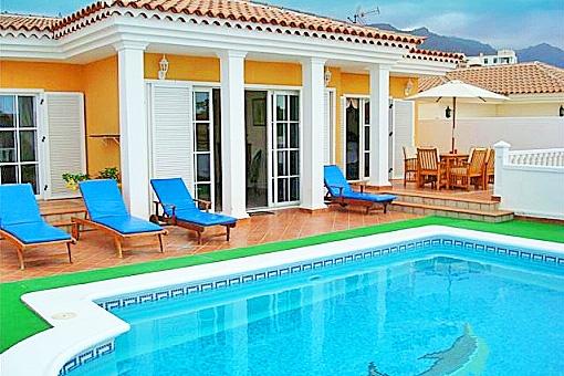 Chalet exclusivo en Callao Salvaje con piscina privada