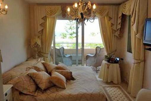 Una de las 4 habitaciones con balcón privado