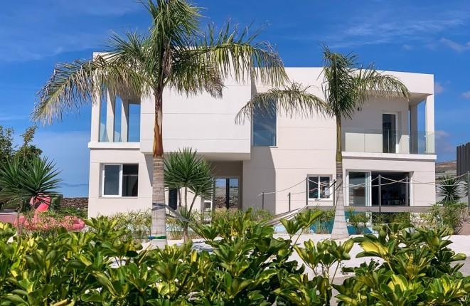 Moderno chalet con vistas fantásticas en Playa Paraíso, Costa Adeje