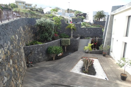 Jardín y patio
