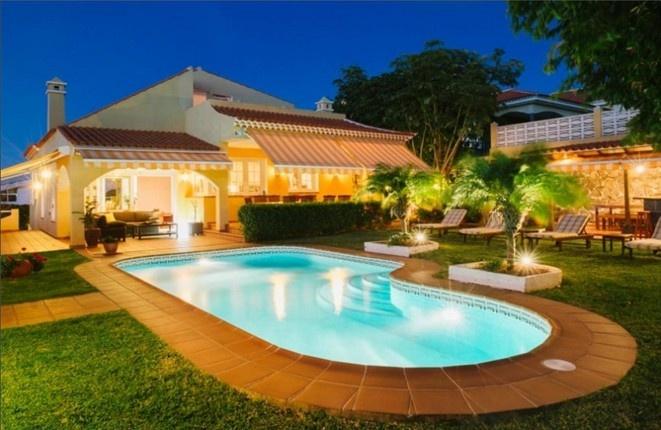 Villa espectacular con impresionantes vistas sobre el océano Atlántico y el Teide