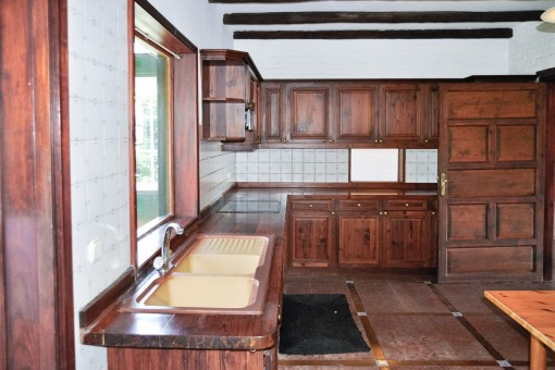 Rústica cocina de madera