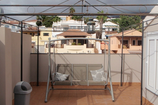 La amplia terraza