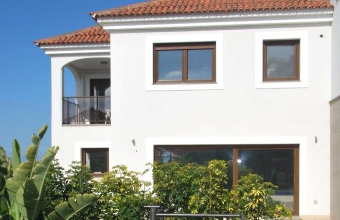 Moderna casa adosada con vistas al mar y teide