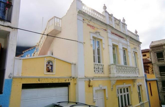 Casa histórica en San Agustin con varias terrazas y vistas a la montaña