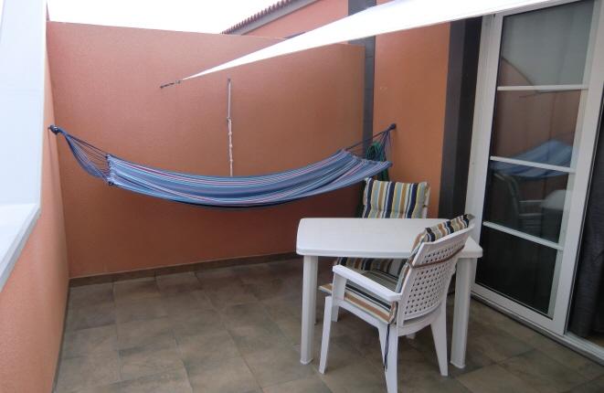 Terraza en planta alta invita a relajarse