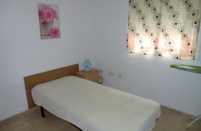 Uno de los tres dormitorios