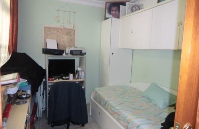 Habitación con cama de invitados