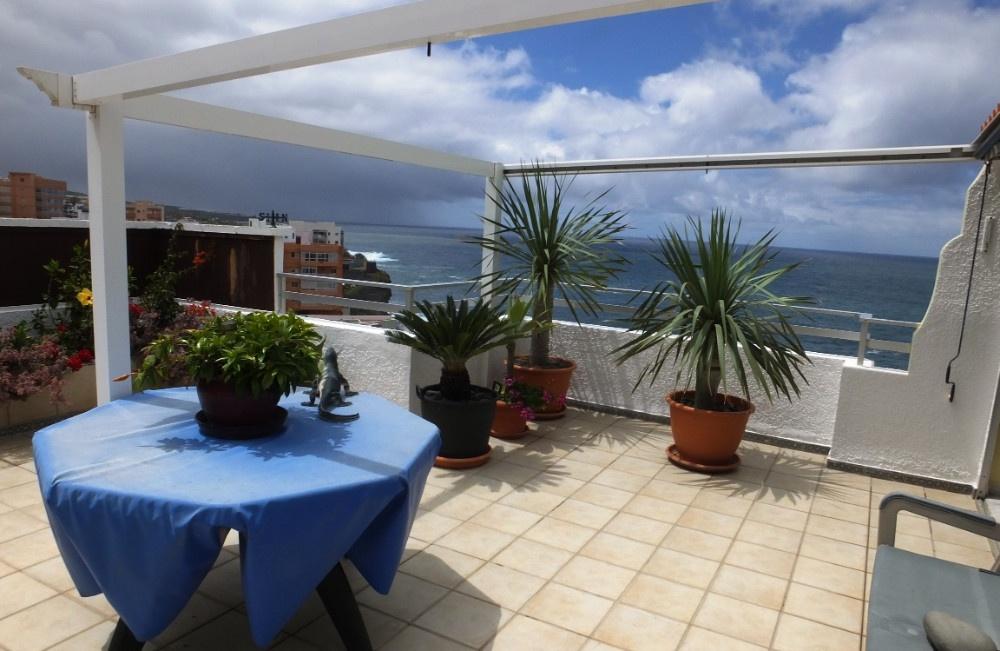 Encantador apartamento con terraza y piscina