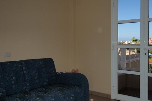 Dormitorio salida al balcón