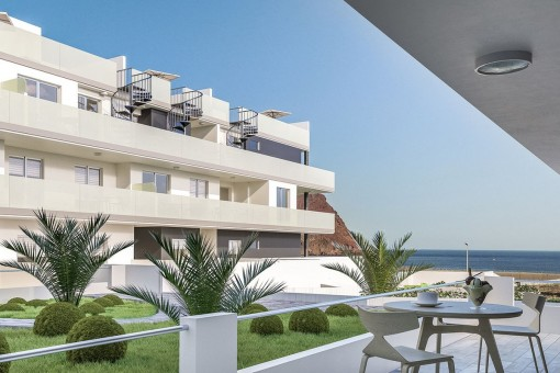 Terraza privada con hermosas vistas al mar
