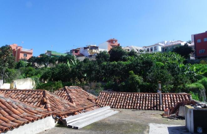 Casa construida totalmente de piedra basáltica